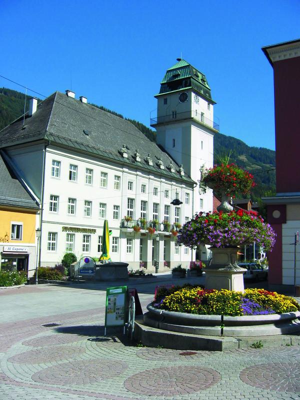 Rathaus 33